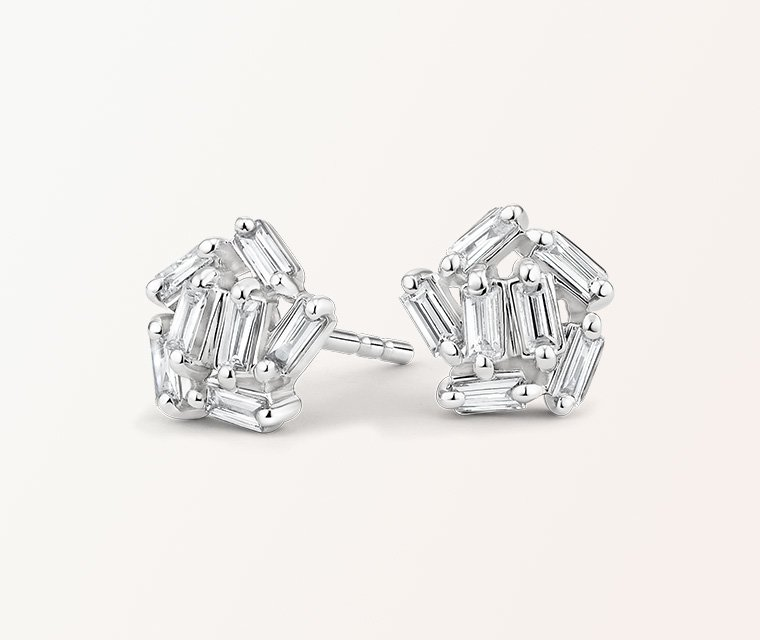Distinctive baguette diamond stud earrings