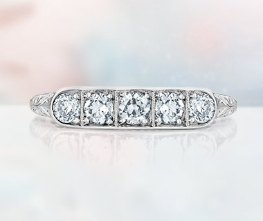 Unique diamond wedding ring