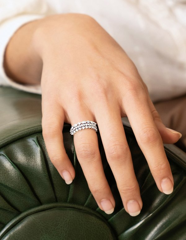 Classic diamond wedding rings