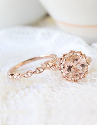 Rose gold morganite ring with rose gold wedding ring